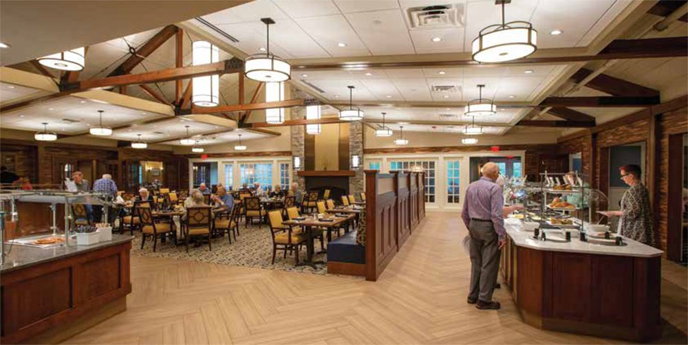 Independent living residents dining in the Steeplechase Dining Room